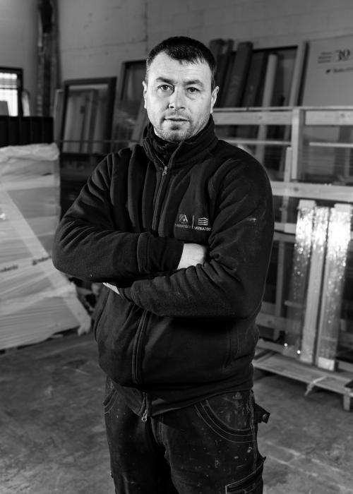 Ivan C. Tecnico di posa